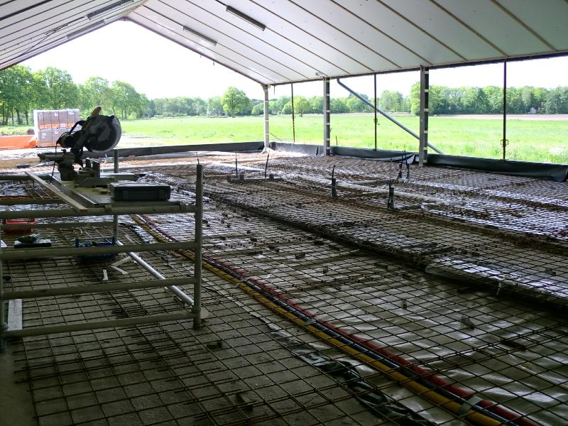 Alles klaar voor het storten van de beton vloer!