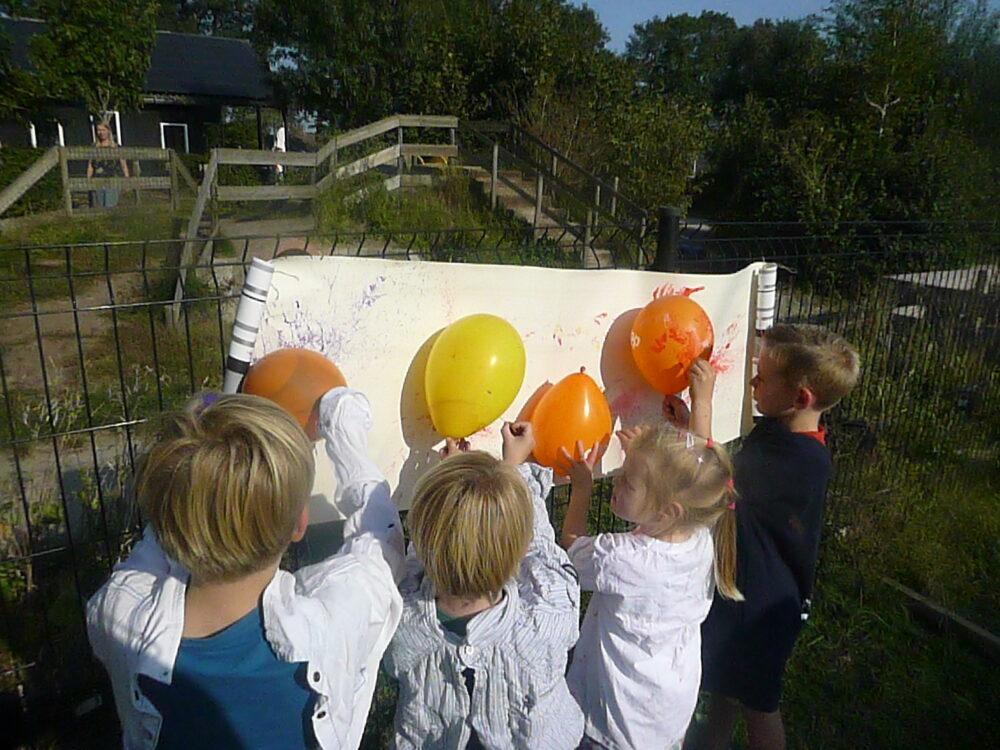 activiteit ballon met verf